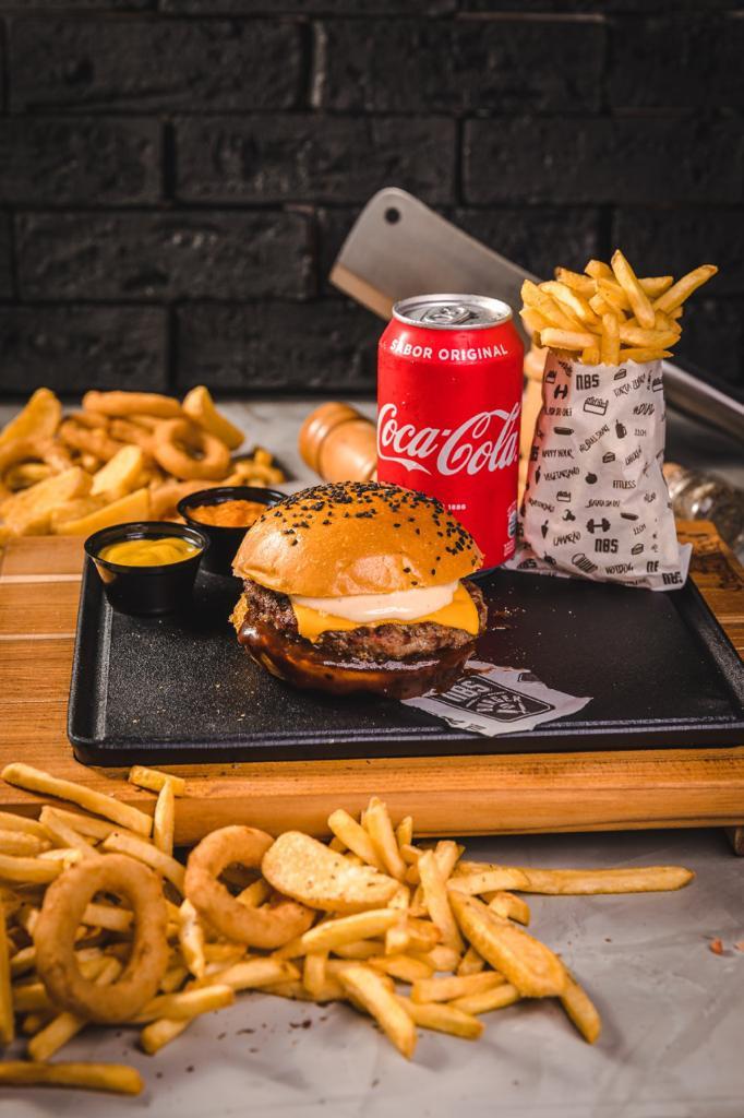 Esse é imperdível! 01 Burger artesanal NBS Cheese de R$17,90 por apenas R$12,50 na NBS Burger