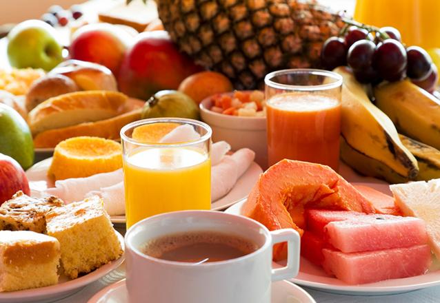A melhor forma de começar o dia! Café da manhã completo para 1 pessoa de R$39,90 por apenas R$29,90 no Restaurante Cemoara