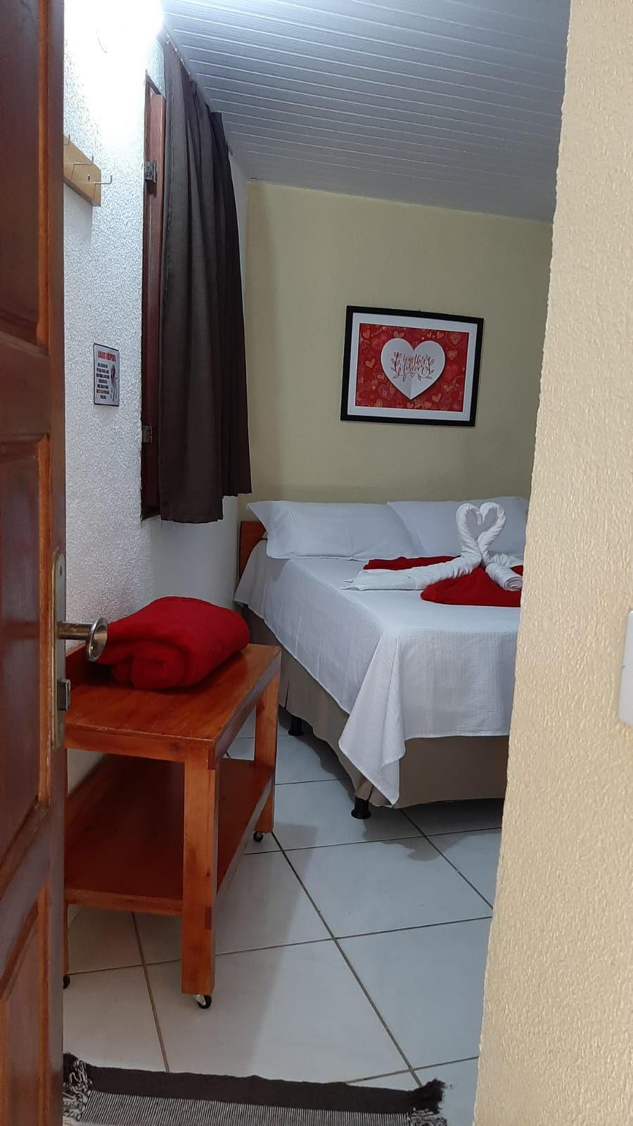 2 diárias (domingo a quinta) na Suíte Standard para 2 adultos e 1 criança de até 4 anos + Café da manhã de R$599 por apenas R$369